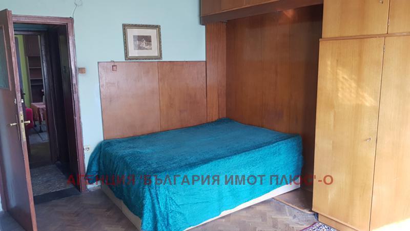 Rent 1-bedroom  Sofia - Meditzinska Akademia 58m²