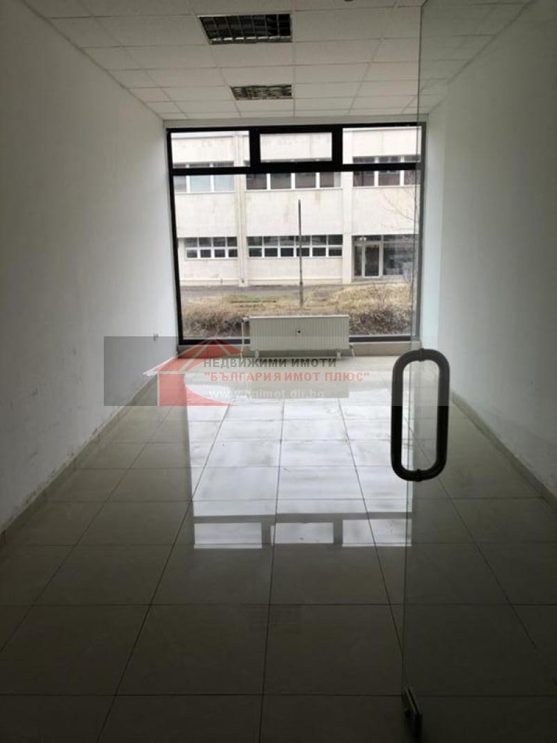 Сдает в аренду Офис в офисном здании гр. София - Дианабад 22m²