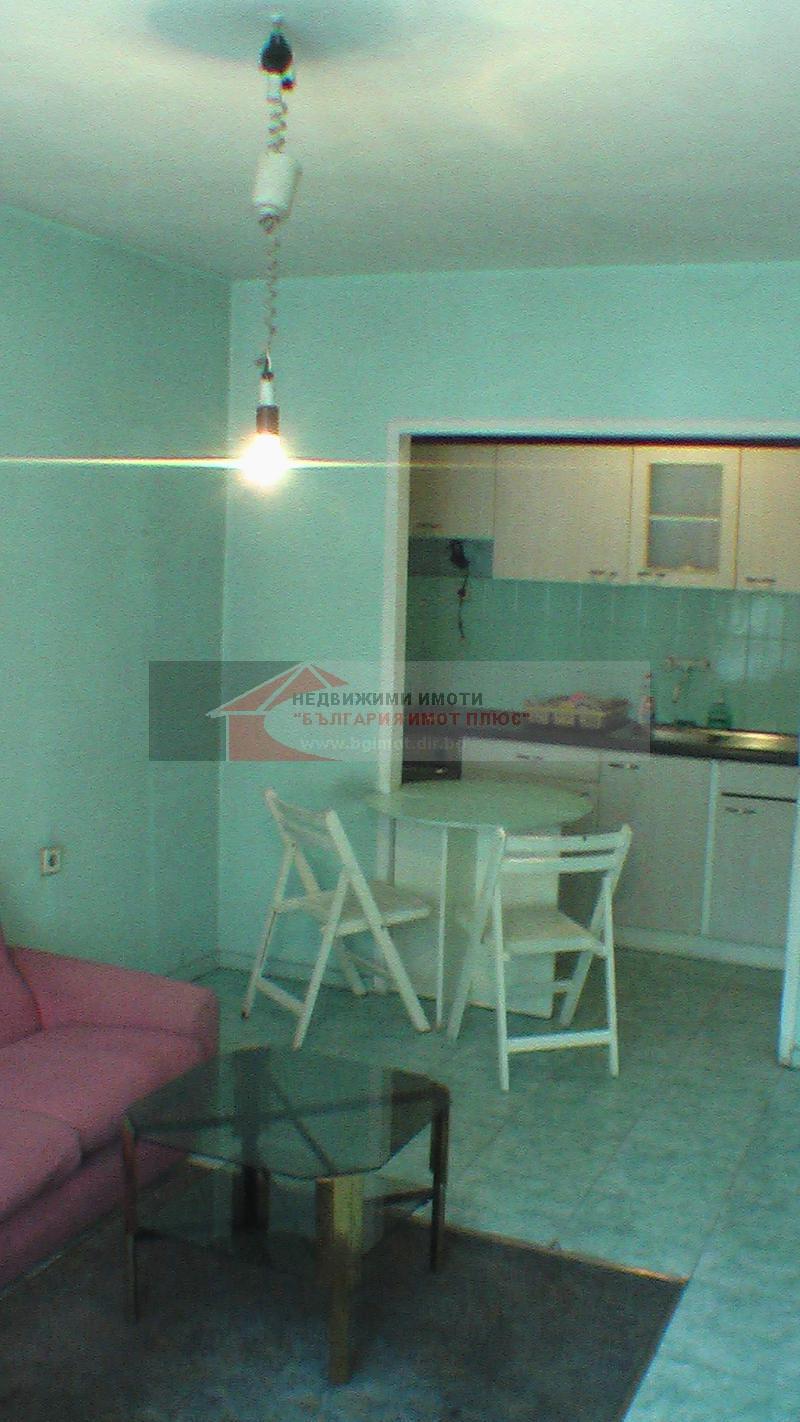 Sale 1-bedroom  Sofia - Belite Brezi 45m²
