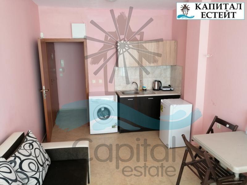 Обзаведен 2-стаен апартамент в центъра на Слънчев бряг