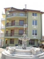Етаж от къща, Варна,<br />Виница, 160 м², 350 €<br /><label>отдава</label>