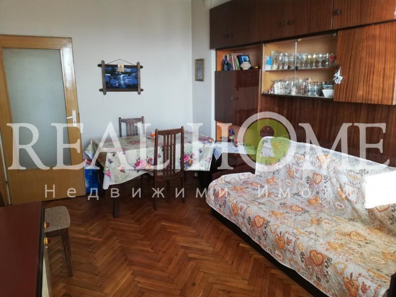 3-стаен, Варна,<br />Младост, 75 м², 230 €<br /><label>отдава</label>