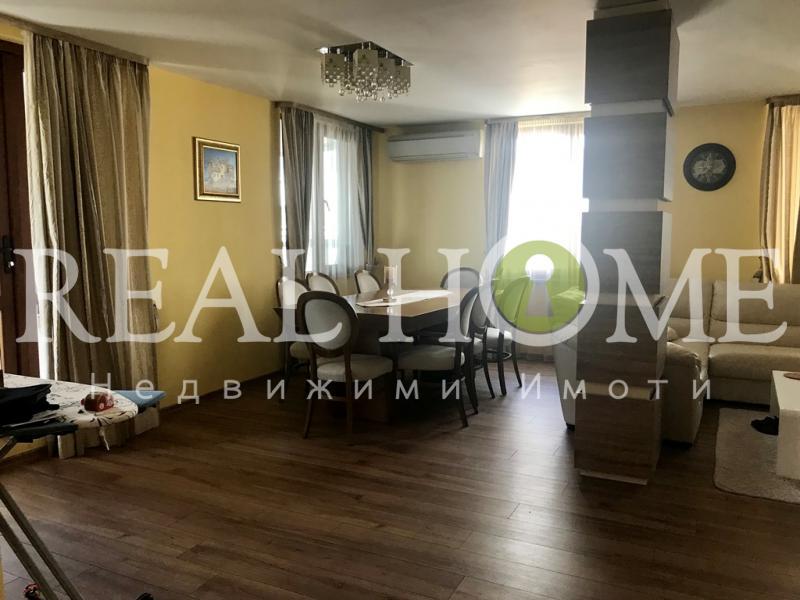Продажа 3-комнатная гр. Варна - Левски 190m²