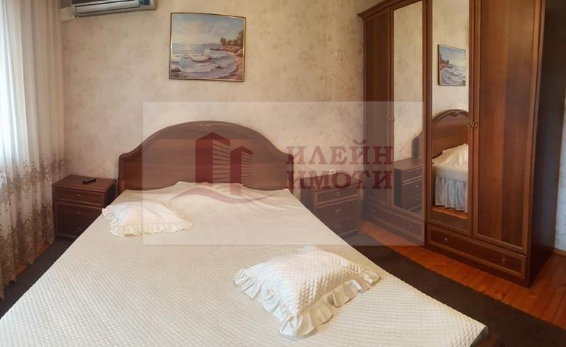 Rent 2-bedroom  Ruse - Center 101m²