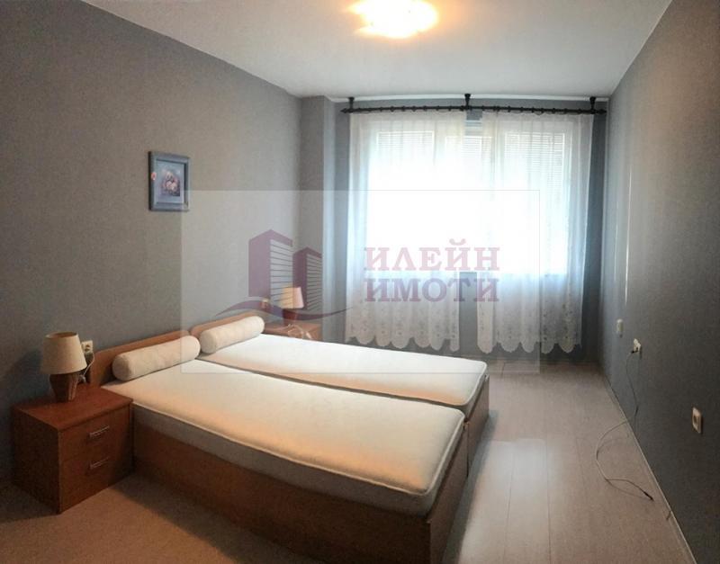 Rent 1-bedroom  Ruse - Center 72m²