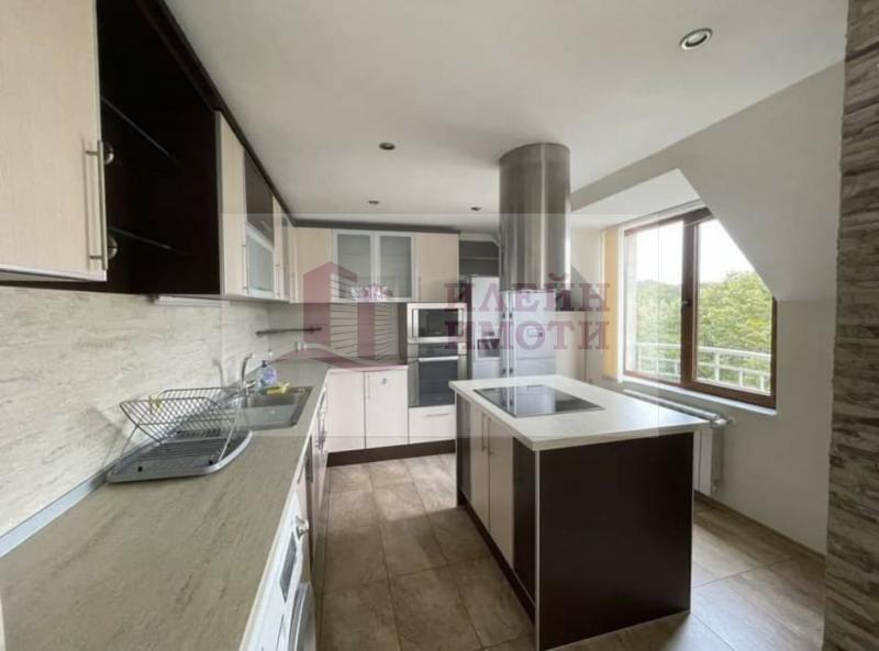 Rent 2-bedroom  Ruse - Yalta 90m²