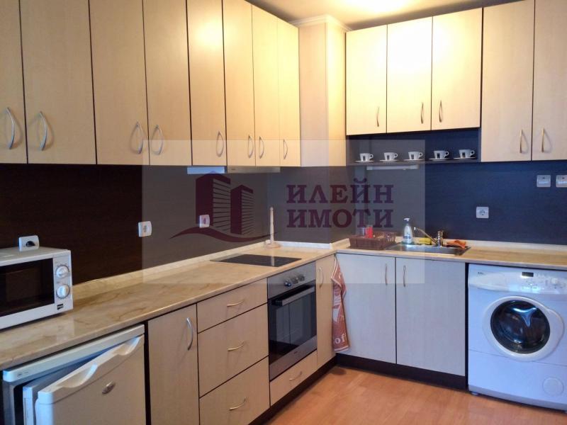 Rent 1-bedroom  Ruse - Shirok centar 66m²