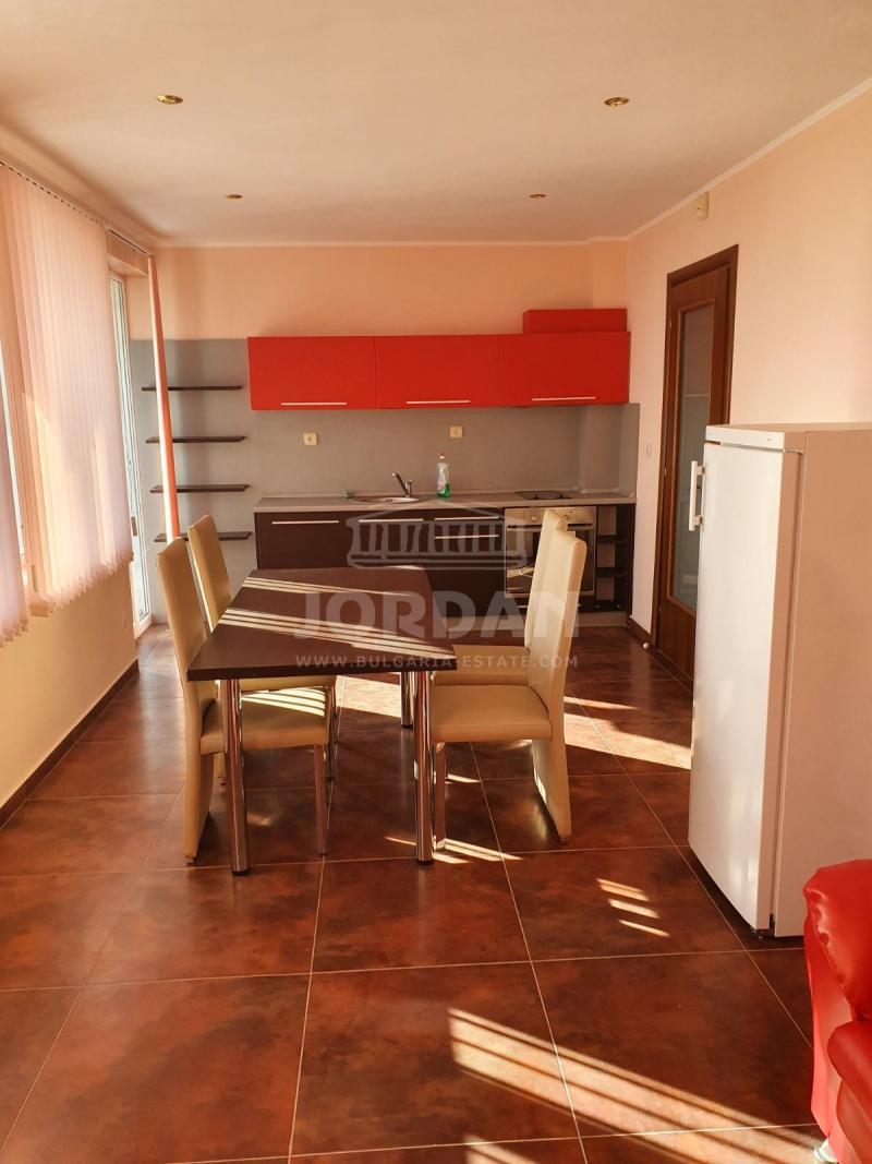 2-bedroom , Varna,<br />Trakata, 95 м², 600 lv<br /><label>rent</label>