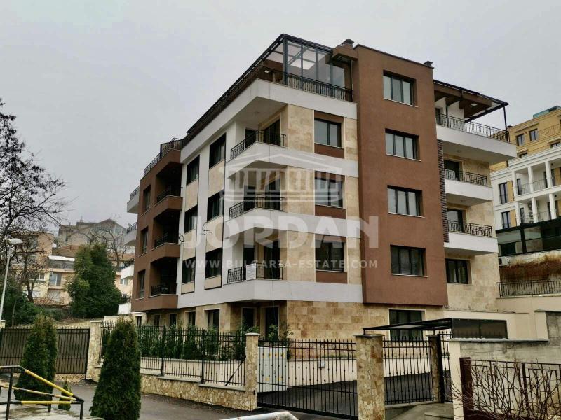Продажба АКТ 16 с Три спални гр. Варна -  135m², Бриз до Морската, 127000 Евро