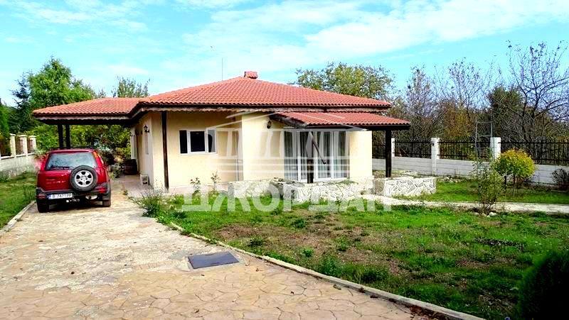ТОП! Къща с три спални 163м2 на един етаж, 860 парцел - Перчемлията/Черноморкса Панорама, Варна