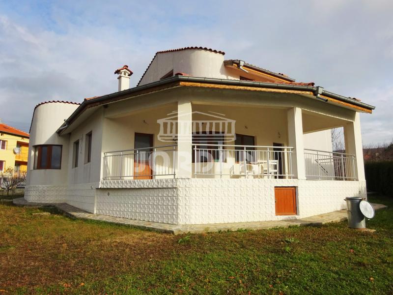 Satılık Ev Balchik - Obrochishte 822m²