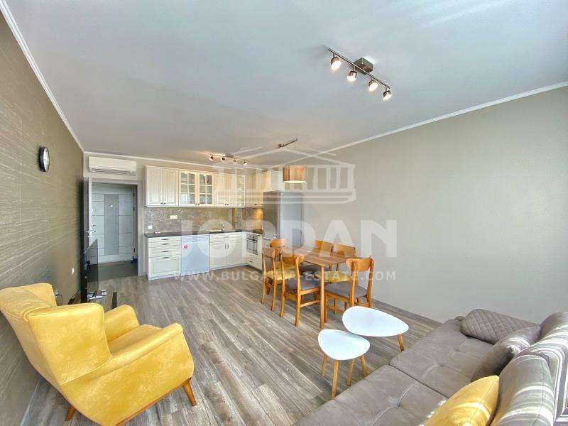 2-bedroom , Varna,<br />Briz, 105 м², 660 €<br /><label>rent</label>