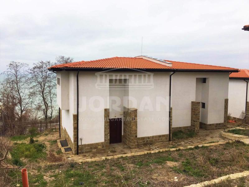 Sale House Varna - Sv. Nikola 275m²