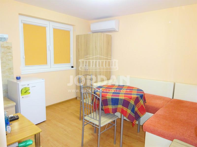 Studio, Varna,<br />VINS, 22 м², 250 lv<br /><label>rent</label>
