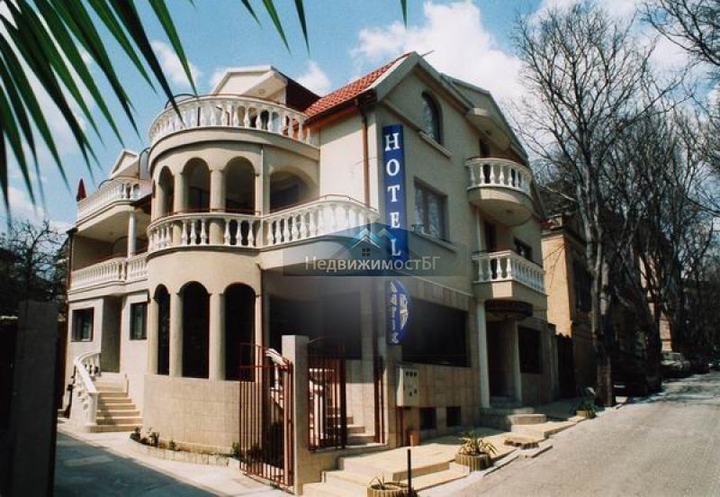 Продажба Хотел гр. Варна - Идеален Център 600m²