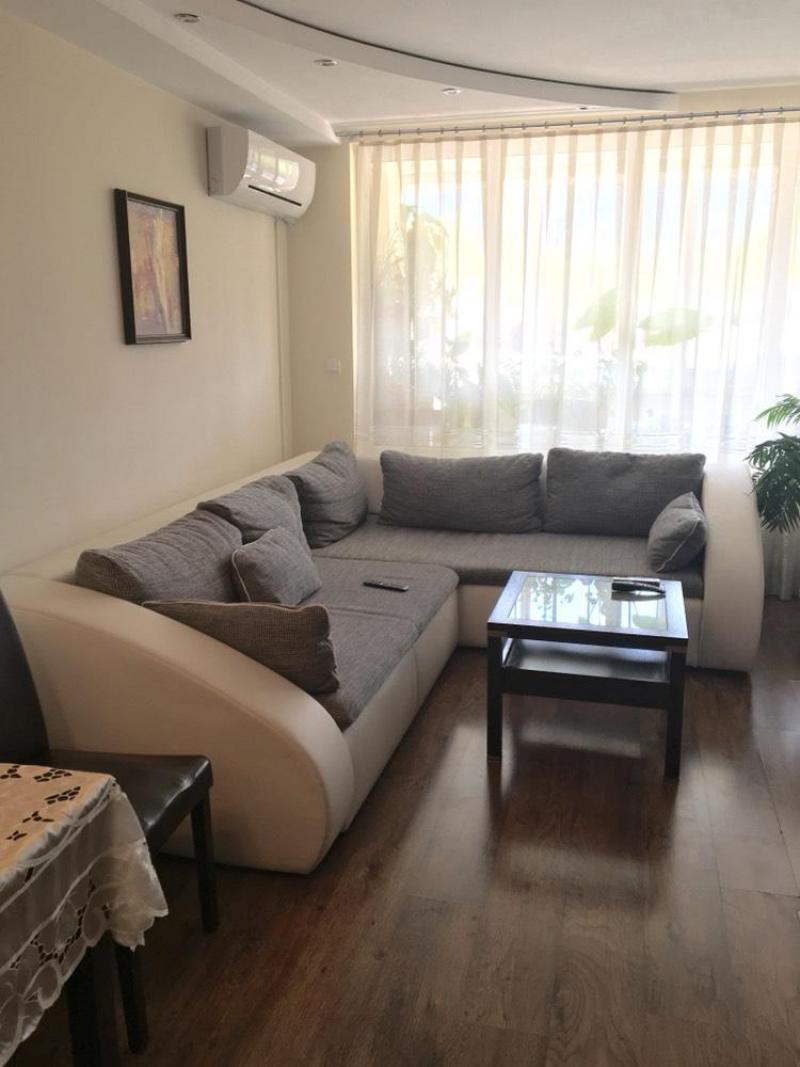 Sale 2-bedroom  Sofia - Manastirski Livadi 110m²