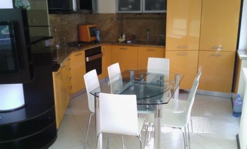 Sale 2-bedroom  Sofia - Bakston 110m²