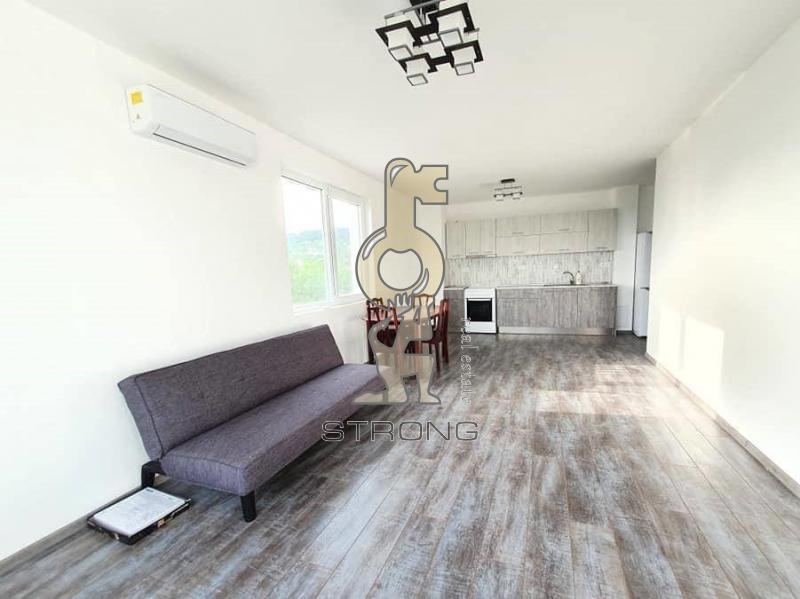 Rent 2-bedroom  Varna - Vazrazhdane 1 100m²